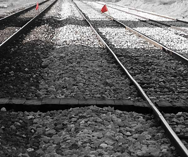 caminhos interrompidos foto de joão espinho